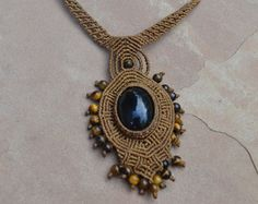 """...found this under a Google-image-search for """"onyx jewelry"""".   I love onyx. ...and I am in love with this necklace. Seriously. I want it. I would wear it everyday."""
