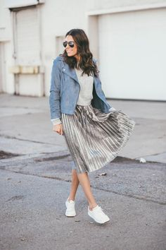 5 Core Pieces to Mix and Match with Every Outfit | Hello Fashion. Grey cropped sweater+metallic grey pleated midi skirt+white sneakers+blue suede moto jacket+aviator sunglasses. Fall Outfit 2016