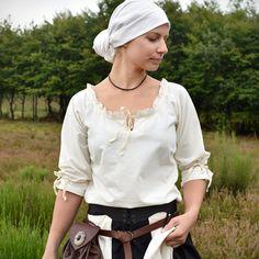 Einen Keltischen Herzknoten knüpfen - Battle-Merchant Blog Winter Night, Character Inspiration, Medieval, Battle, Ruffle Blouse, Costumes, Renaissance, Blog, Weaving