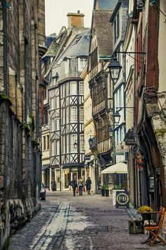 Beautiful scene in Rouen, Normandy, France. (by d:a)