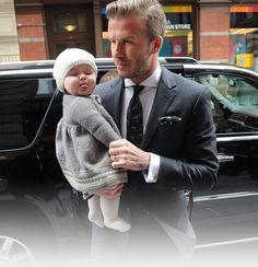 Victoria Beckham benennt Tasche nach ihrer Harper Seven - Ätsch, ich bin jetzt eine It-Bag! - STYLEBOOK.de