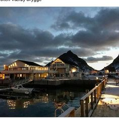 Beautiful on #lofotenværøybrygge #værøy #lofoten #lofotenislands #ig_lofoten #visitlofoten #ig_nordnorge #visitnorway #visitværøy #beautifulisland #nicepic #stemning #nordnorge #deepseafishing #havfiske credit:@josvar1980