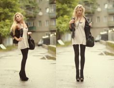wedges, chains necklace.