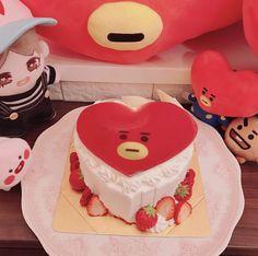 I Want Food, Cute Food, Bts Cafe, Korean Cake, Bts Birthdays, Milkshake Recipes, Cute Desserts, Dessert Decoration, Aesthetic Food