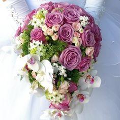結婚式の必需品!ウェディングブーケの種類を簡単解説!