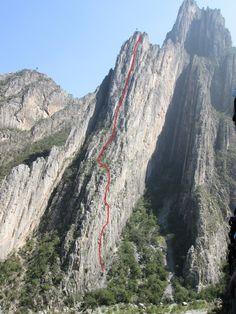 Estrellita - El Potrero Chico (12 pitches, ~1100 feet)