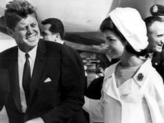 odetojohn:    John F Kennedy and Jackie Kennedy, circa 1962.  (Photo Cordon Press)