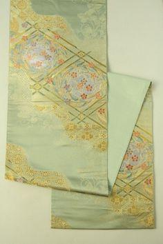 Fukagawa Gray Fukuro Obi (Zentsu), Ceiling Flower Pattern / 深川鼠色地 格天井花柄 六通袋帯   #Kimono #Japan http://www.rakuten.co.jp/aiyama/