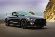 The Ford Mustang GT liter engine can produce 435 horsepower and 400 pound-feet of torque. The cabin for the Ford Mustang GT 2016 also compliments. 2015 Ford Mustang, S550 Mustang, New Mustang, Mustang Cars, Ford 2015, Black Mustang, Modern Muscle Cars, Pony Car, Trucks