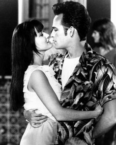 Brenda and Dylan Beverly Hills 90210, The Beverly, Mejores Series Tv, Shannen Doherty, Luke Perry, American Teen, Black And White Love, Movie Couples, Cinema