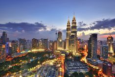 10 Days in Malaysia: The Perfect Malaysia Itinerary Malaysia Itinerary, Malaysia Travel, Great Places, Places To See, Beautiful Places, Beautiful Scenery, Kuala Lumpur City, Best Sunset, Sunset Sky