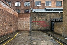 footysphere:  Urban goalposts