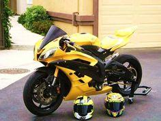 Yamaha Motorbikes, Yamaha Motorcycles, Yamaha Yzf R6, Custom Motorcycles, Cars And Motorcycles, Super Bikes, Monster Bike, Best Motorbike, Honda Grom