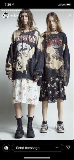 Print Store, Fashion Details, Wearable Art, Editorial Fashion, Street Wear, Cool Outfits, Kimono Top, Vintage Fashion, Punk