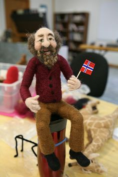 Wild & Whimsical Wool Figures: Needle Felting with Sharon Costello at the John C. Campbell Folk School | folkschool.org