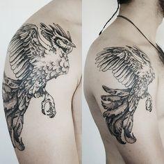 Tattoo by Cansın Konuralp   #blacktattooart #blxckink #btattooing #blacktattooing #blackworkers #blackworkerssubmission #darkartists #dotwork #dots #iblackwork #inkstinctsubmission #tattoo #ink #design  #artwork #tattooer #cansinkonuralp #linework #inkjunkeyz #onlyblackart  #blackartist