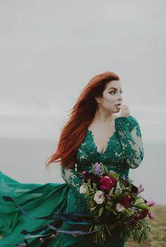Emerald green wedding dress oh vera if you still like green una boda curvy soy curvy emerald green wedding dressgreen wedding junglespirit Choice Image