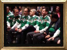 Luis Serna actualmente se desempeña como Secretario Particular del Jefe de Gobierno de la Ciudad de México.