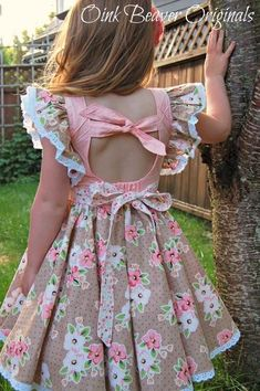 Clementine Vintage Style Dress with Extended Flutter Sleeves PDF Sewing Pattern - Ropa para Bebe - New! Clementine Vintage Style Dress with Extended Flutter Sleeves PDF Sewing Pattern - Frocks For Girls, Dresses Kids Girl, Girl Outfits, Toddler Outfits, Little Girl Summer Dresses, Girls Dresses Sewing, Girls Easter Dresses, Children Dress, Vintage Dress Patterns