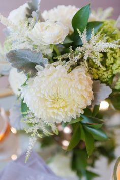 Lanson B. Jones Floral + Events | Megan Chandler floral designer | #macfloraldesigns | ivory green and grey centerpieces
