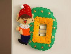 Contacto luz Elfo Christmas Holidays, Christmas Decorations, Christmas Ornaments, Holiday Decor, Iris, Home Decor, Xmas Crafts, Handmade Crafts, Easy Christmas Ornaments