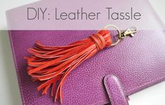 DIY Leather Tassle Bag Charm: 10 Steps (with Pictures) How To Make Leather, Leather And Lace, Sewing Leather, Custom Leather, Diy Leather Goods, Leather Crafts, Leather Projects, Leather Bags, Embroidery Designs