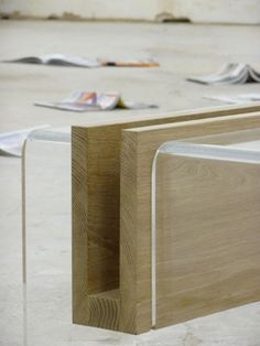 Mule Tables – a coffee table with storing spaces