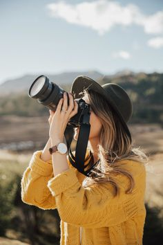 Photography, girls with cameras, insta pictures, female photographers, cusc