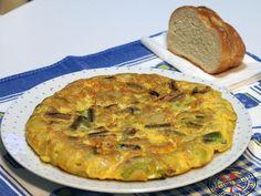 Tortilla de patatas y ajos tiernos | Hoy comemos