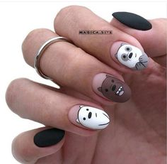 In search for some nail designs and some ideas for your nails? Here's our listing of must-try coffin acrylic nails for stylish women. French Tip Acrylic Nails, Best Acrylic Nails, French Nails, Nagellack Design, Nagellack Trends, How To Grow Nails, Minimalist Nails, Dream Nails, Yellow Nails