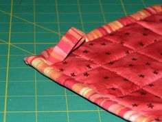 Another quilted potholder tutorial, but this mentions using 3 layers of flannel or old towels as filler instead of the thermal batting. Time to put some old bath towels to use!
