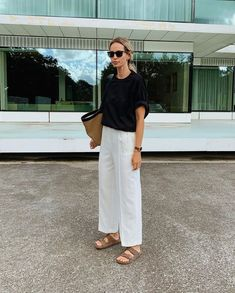 Sandals Outfit Summer, Summer Outfits, School Fashion, Daily Fashion, Birkenstock Sandals Outfit, Warm Weather Outfits, Summer Trends, Spring Summer Fashion, Spring Style