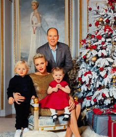 """The Monaco Princely Palace on December 22, 2016 released the Monaco Princely Family's annual Christmas Card and new photos of Prince Albert, Princess Charlene and their twins, Prince Jacques and Princess Gabriella. Within the card the Princely Family send their best wishes: """"May the joy and peace of the holiday season be with you in this New Year 2017."""""""