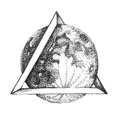 🌚  #staywildmoonchild #ink #drawing #moon #triangle #dotwork #dotworktattoo #dotworkers #blackwork