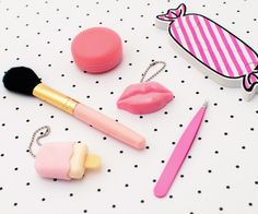 Pink love! #Todomoda #beauty #makeup #nails #macaroon #pink