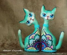 Over the woman five-decade job, artist Viola Frey created a notable entire body on the Cat Crafts, Arts And Crafts, Wood Craft Patterns, Paper Mache Sculpture, Ceramic Sculptures, Paper Mache Crafts, Doll Painting, Cat Pattern, Cat Design