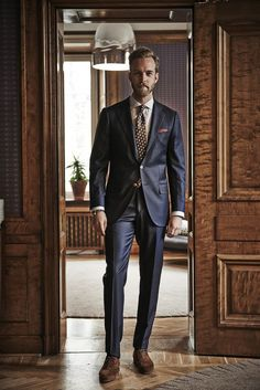 Men suits business -- click visit link for more info Gentleman Mode, Gentleman Style, Sharp Dressed Man, Well Dressed Men, Mens Fashion Suits, Mens Suits, Men's Fashion, Suit Men, Style Masculin