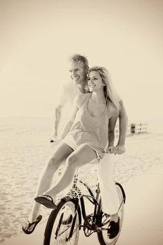 Cruisin' love \\ engagement shoot