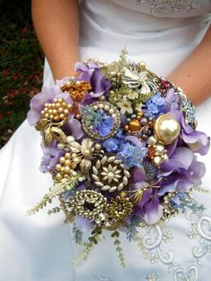 DIY brooch bouquets are a perfect way to incorporate family heirlooms and make your bouquet timeless. >> http://www.diynetwork.com/decorating/floral-alternatives-for-your-wedding/pictures/index.html?soc=pinterest