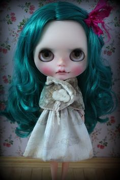 Blythe - What a face! Awesome face-up!