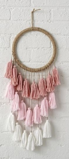- Unique Crafts To Sell Videos Flea Markets - DIY Crafts Projects To Sell - Simple Halloween Crafts For Kids - Christmas Crafts To Sell Bazaars Friends Diy Dream Catcher For Kids, Dream Catcher Craft, Dream Catchers, Yarn Crafts, Diy And Crafts, Crafts For Kids, Kids Diy, Kids Decor, Diy Room Decor