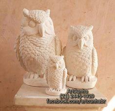 Trio de corujas (32, 25 e 14 cm). Vendidas separadamente.   #coruja #corujas #corujaslindas #corujatattoo #corujinha #corujinhas #amocoruja #amocorujas #amocorujinhas #owl #owls #eagleowl  #artesanato #gesso #pombo #pombos #artesanatos #artesanatoriodejaneiro #artesanatorj #artesanatobrasil #taquara #jacarepaguá #barradatijuca #jacarepagua #bomdia #boatardee #boanoite #021rio #niterói #jornaloglobo