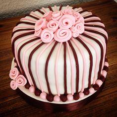 Birthday Roses Cake!