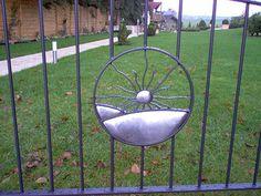 Stainless steel detail of double gate. Gates And Railings, Double Gate, Steel Detail, Metal Gates, Forging Metal, Blacksmithing, Sun, Blacksmith Shop, Blacksmith Forge