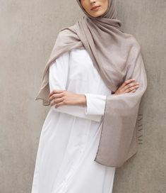 INAYAH | Neutral, minimal looks; perfect for everyday and work wear - White…