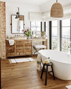 Julianne Hough Light Cozy Home   TheNest.com