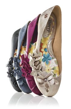 The 2 C's Comfort and Cute! Love Every Color Looking Good Has Never Felt So Comfortable!