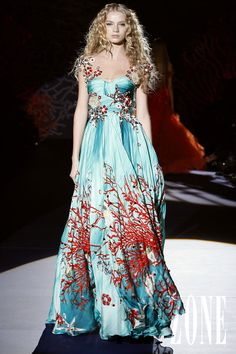 Zuhair Murad - Couture - Spring-summer 2009 - http://www.flip-zone.net/fashion/couture-1/fashion-houses/zuhair-murad-855