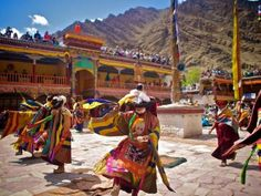 Ladakh & Hemis Gompa Festival 2016 - luxe glamping formule | Footprints