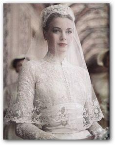 Grace Kelly - one classy lady